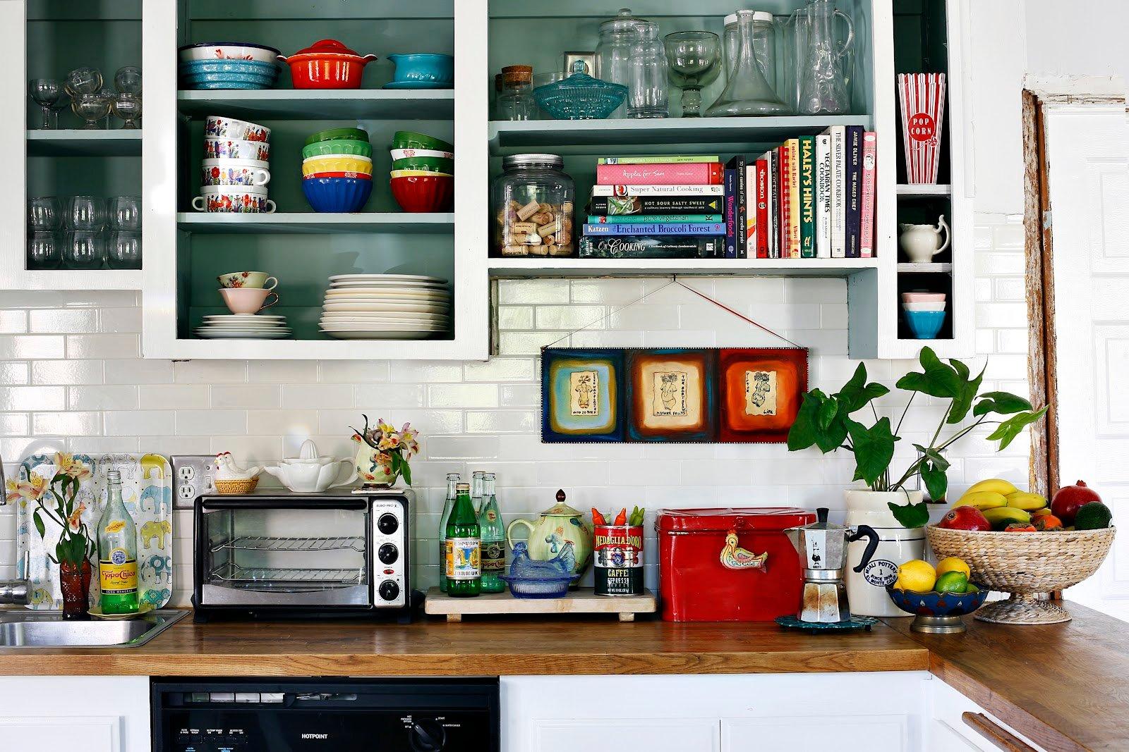 kitchen clutter-1