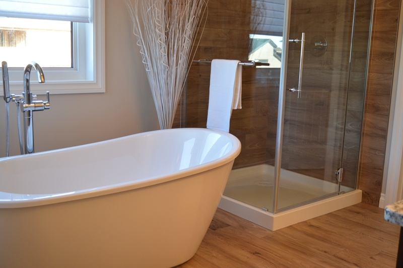 A unique standalone tub can add an air of luxury to your bathroom.