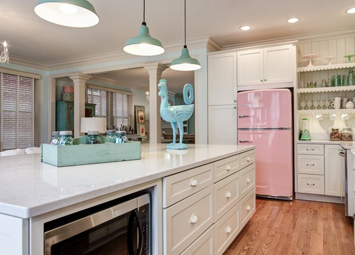 Pink-Vintage-Kitchen