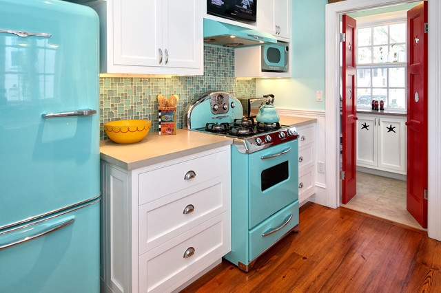 Remodelling Tips for the Perfect Vintage Kitchen - Vintage Appliances in Kitchen